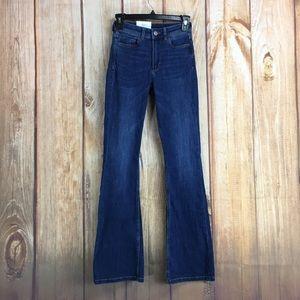 💸H&M Mini Flare High Waist Jean Size 2